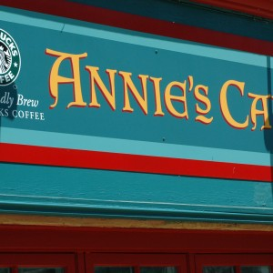 Ireland - Annie's Cafe - Snacks - 2014