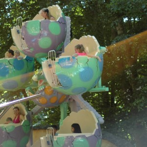 Land of the Dragons - Eggery Deggery - Kiddie Ride - 2014